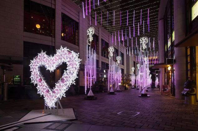 クリスマスパーティー 赤坂サカス イルミネーション